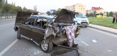 Gaziantep'te kaza: 1 ölü, 12 yaralı