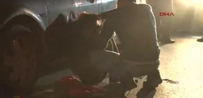 Genç çift, alacak kavgasında dövüldü