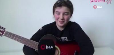 Genç kız Haluk Levent ile düet yaptı
