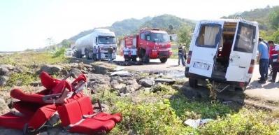 Giresun'da minibüs devrildi: 3 ölü, 1 yaralı