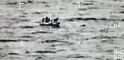 Göçmenleri taşıyan tekne battı: 1 kişi öldü, 10 kişi kurtarıldı