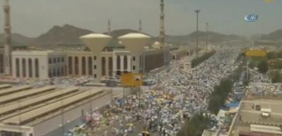 Hacı adayları Arafat'a çıktı