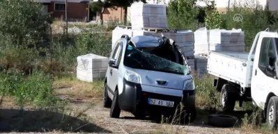 Hafif ticari araç takla attı: 1 ölü, 5 yaralı