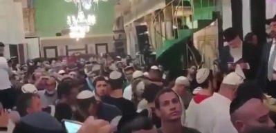 Halilurrahman Camii'nde skandal görüntüler... Yahudiler ayin yaptı