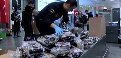 Havalimanında akıllara durgunluk veren kaçakçılık