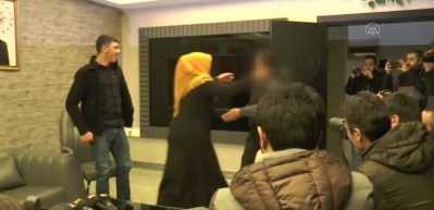 HDP önünde eylem yapan bir anne daha evladına kavuştu
