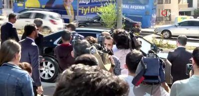 Bakan Akar'dan İYİ Parti'ye ziyaret