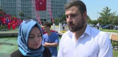 İBB Medya AŞ'deki görevlerine son verilenler İBB önünde açıklama yaptı