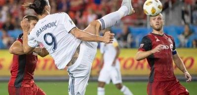 İbrahimovic'ten inanılmaz bir gol daha!