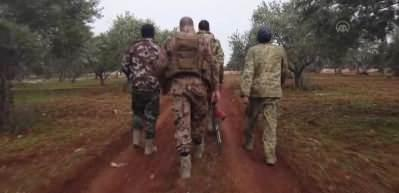 İdlib'de Neyrab köyüne böyle girildi