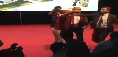 İnce'nin mitinginde vatandaşı sahneden attılar!