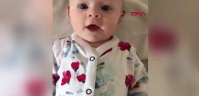 Annesinin sesini ilk kez duyan bebeğin yürekleri ısıtan tepkisi!