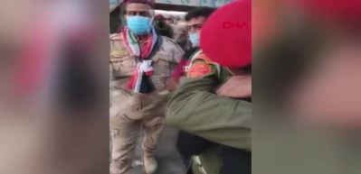 Irak'ta devam eden protestolarda duygusal anlar