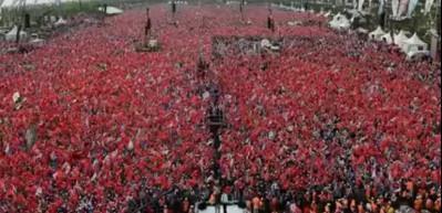 İsmail Türüt'ten İstanbul seçimleri için özel türkü!