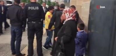 İstanbul Adliyesi'nde cinayet davası sonrası bıçaklı kavga: 1 yaralı