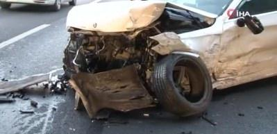 İstanbul'da korkunç kaza! Trafiği felç etti