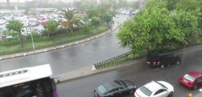 İstanbullulara sağanak sürprizi!