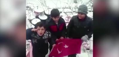 İşte adam olacak çocuk: Mehmetçiğe Afrin mesajı rekor kırıyor