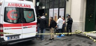 İstiklal Caddesi'nde oturur halde ölü bulundu