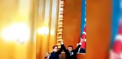 İYİ Parti grup toplantısında Erdoğan'a ağır hakaret!