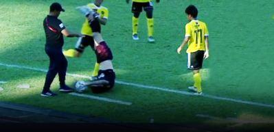 Jalsor Soriano rakibinin karnına tekme attı