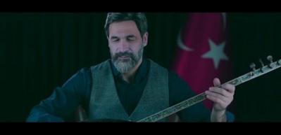 Uğur Işılak'tan Mehmetçiğe anlamlı beste!
