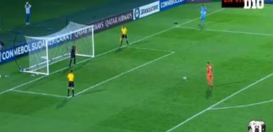 Kaçırdığı penaltı sonrası takımdan kovuldu