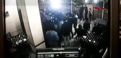 Kahvehanede çıkan kavgada pompalı tüfekle ateş etti: 2 yaralı