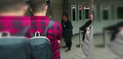 Karaköy'de başörtülü kızlara saldıran kadın, aynı gün başkalarıyla tartışıp küfürler yağdırmış
