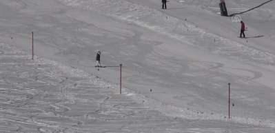 Kartalkaya'da pistlerde kar kalınlığı 2 metre 30 santimetreye ulaştı