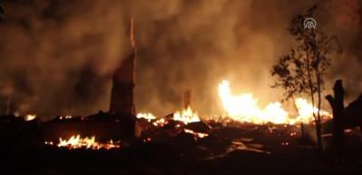 Kastamonu'da 8 ev kül oldu