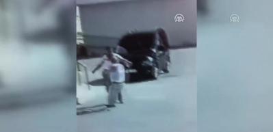 Kavga ettiği kişinin üzerinden aracıyla geçti