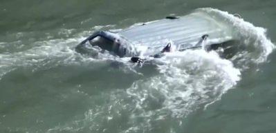 Feci kaza! Otomobil Kelkit Çayı'na uçtu