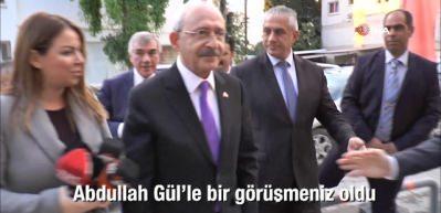 Abdullah Gül soruldu, korumalar devreye girdi!