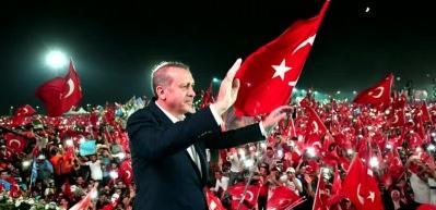 Kürşat'ın 'Biz Varız' şarkısı sosyal medyayı sarstı!