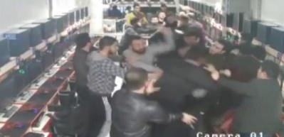 Liseli gençleri öldüresiye dövdüler!