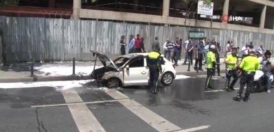 Maslak'ta otomobil alev alev böyle yandı