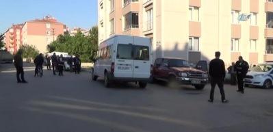 Minibüs ile kamyonet çarpıştı: 1 ölü, 6 yaralı