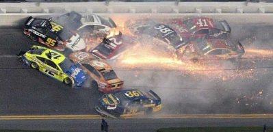 NASCAR Daytona'da büyük kaza
