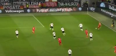 Ne yaptın Ljajic! Bu gol kaçar mı!
