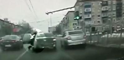Ne yaptıysa trafik polisinden kaçamadı