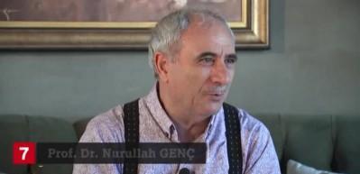 Nurullah Genç: Dedem, Rasim Özdenören'in gül yetiştiren adamı