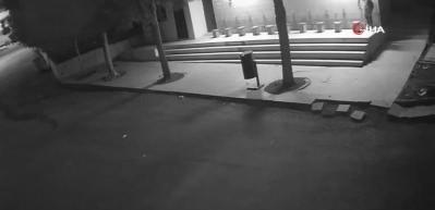 Okul ve camilerin musluklarını tekmeleyerek kırıp çaldı