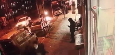 Kadın ve çocuğu biçti! Korkunç kaza anları kamerada