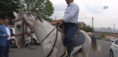 Oy kullanmaya at üzerinde geldi