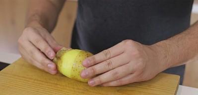 Patates soymanın en basit ve kolay yolu