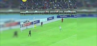 Penaltıyı gole çeviren bakın ne yaptı!