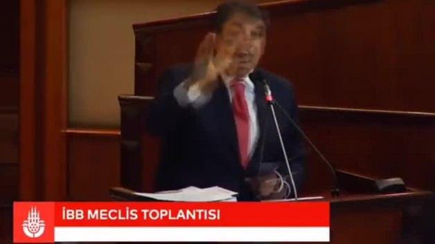 Mehmet Tevfik Göksu'dan büyük alkış alan sözler!
