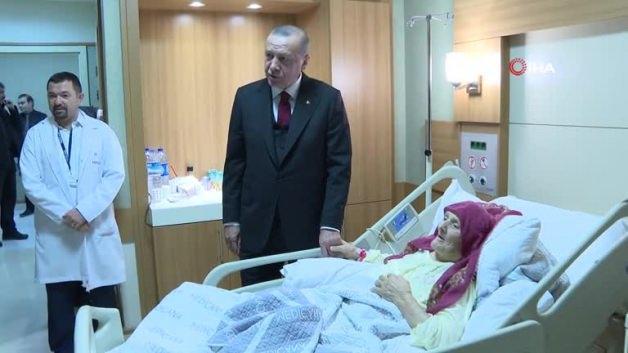 Başkan Erdoğan Nazmiye Nine'yi ziyaret etti