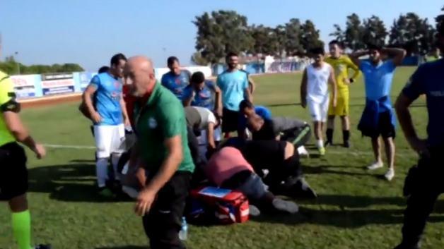 Hakem, futbolcunun yaşamını kurtardı